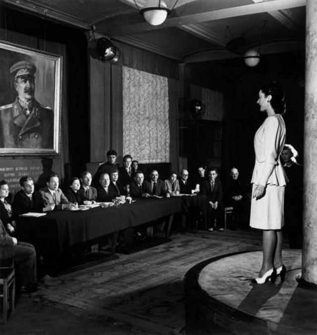 1947_szovjet_divatbizottsag.jpg