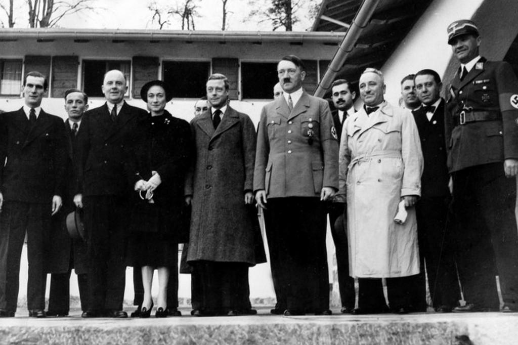 1937_viii_eduard_es_hitler.jpeg