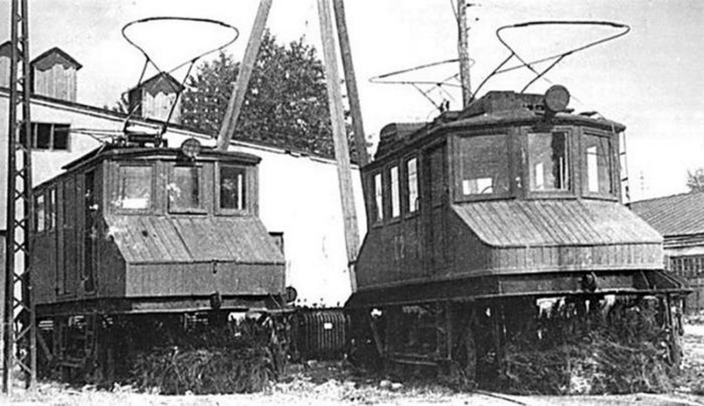1933_fabol_keszult_tram-snowplows_1933_sverdlovsk.jpeg