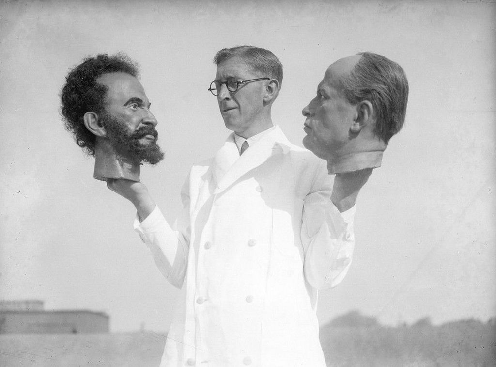 1935_bernard_tussaud_grandson_of_swiss_modeller_madame_tussaud_holds_two_wax_heads_one_of_haile_selassie_emperor_of_abyssinia_ethiopia_and_the_other_of_italian_dictator_benito_mussolini.jpg