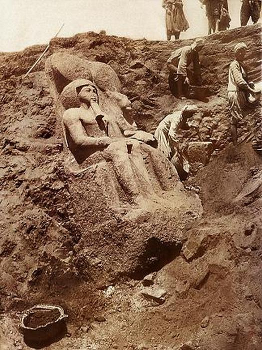 1930_the_discovery_of_the_statue_of_ramses_ii_egypt.jpg