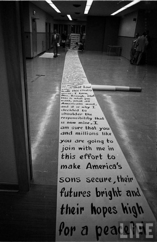 1952_paper_feed_for_the_teleprompter_for_dwight_eisenhower_during_the_1952_presidential_campaign.jpg
