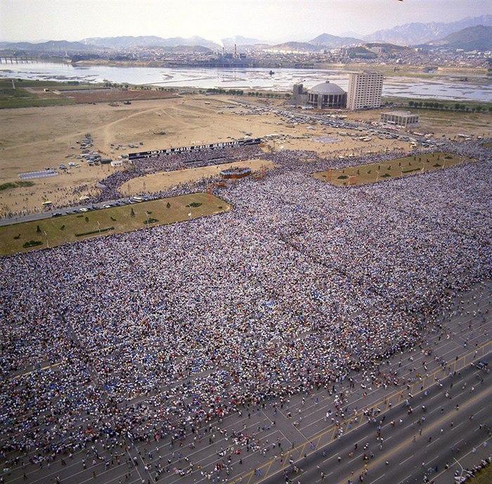 1973_billy_graham_evangelista_1_1_million_in_korea_predikal.jpg