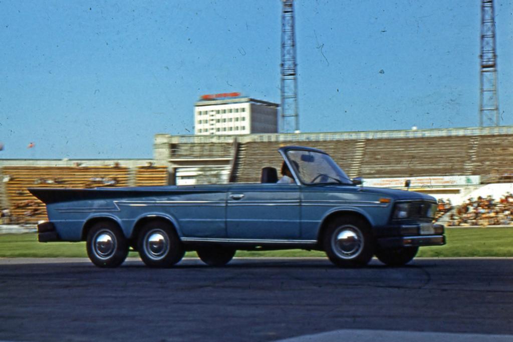 1980_harom_tengelyu_phaeton_vaz-21035_auto-kaszkadorcsoport_autorodeo_alma-ata.png