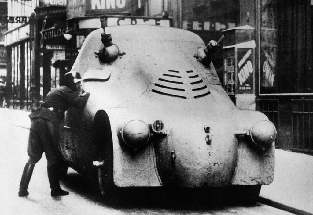 1934_a_polgarhaboru_ausztriaban.jpg