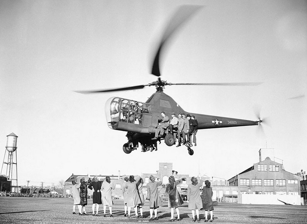 1946_a_sikorsky_h-5_helikopter_demonstracios_tesztjei.jpg