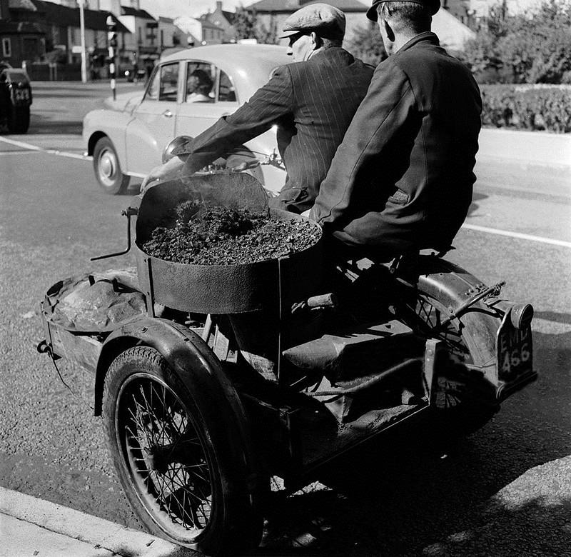 1955_motorkerekparra_szerelt_mobil_kovacs_anglia.jpg