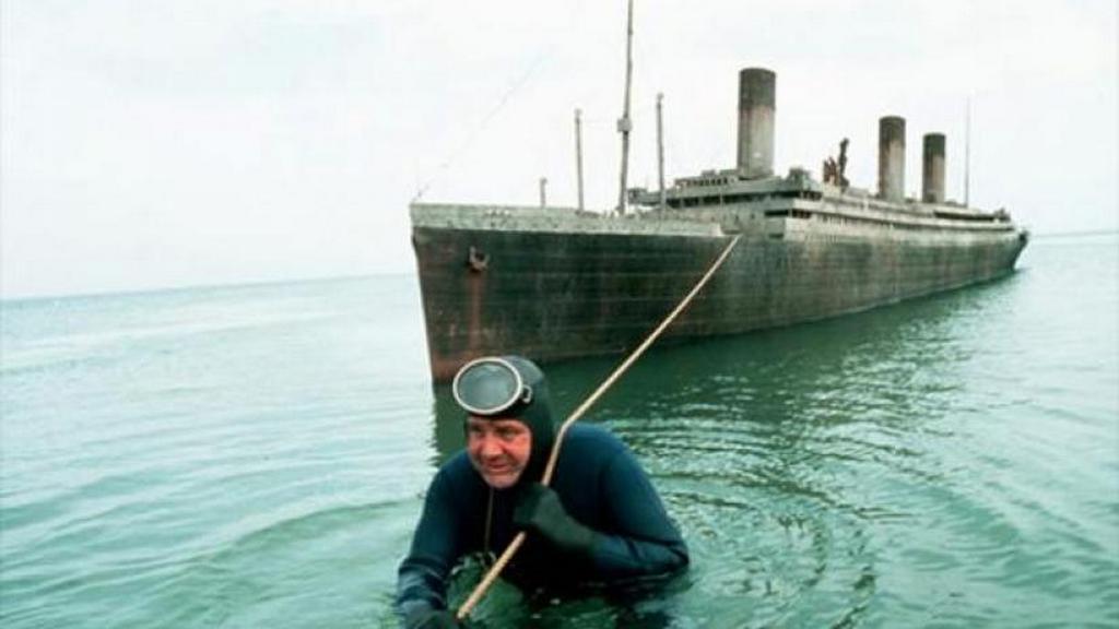 1980_a_titanic_kincse_cimu_amerikai_filmhez_epitett_egyik_modell_a_40_millios_budzsebol_6_35_millio_dollaba_kerultek_a_hajomodellek_es_a_hozzajuk_epitett_medencek.jpg