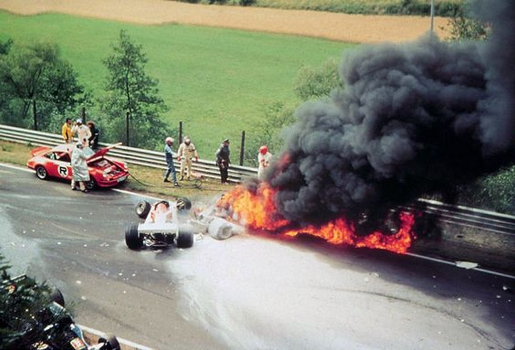 1976_augusztus_1_niki_lauda_crashes_at_the_german_grand_prix_at_nurburgring_he_tried_to_boycot_the_race_a_week_earlier_as_estimated_too_dangerous_he_was_stuck_in_his_vehicle_and_got_out_alive_but_with_severe_burn.jpg