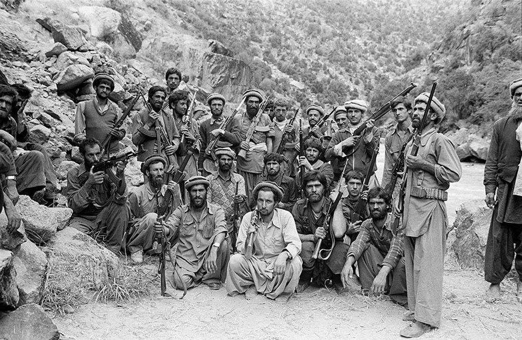 1980_a_group_of_mujahideen_fighters_in_afghanistan.jpg