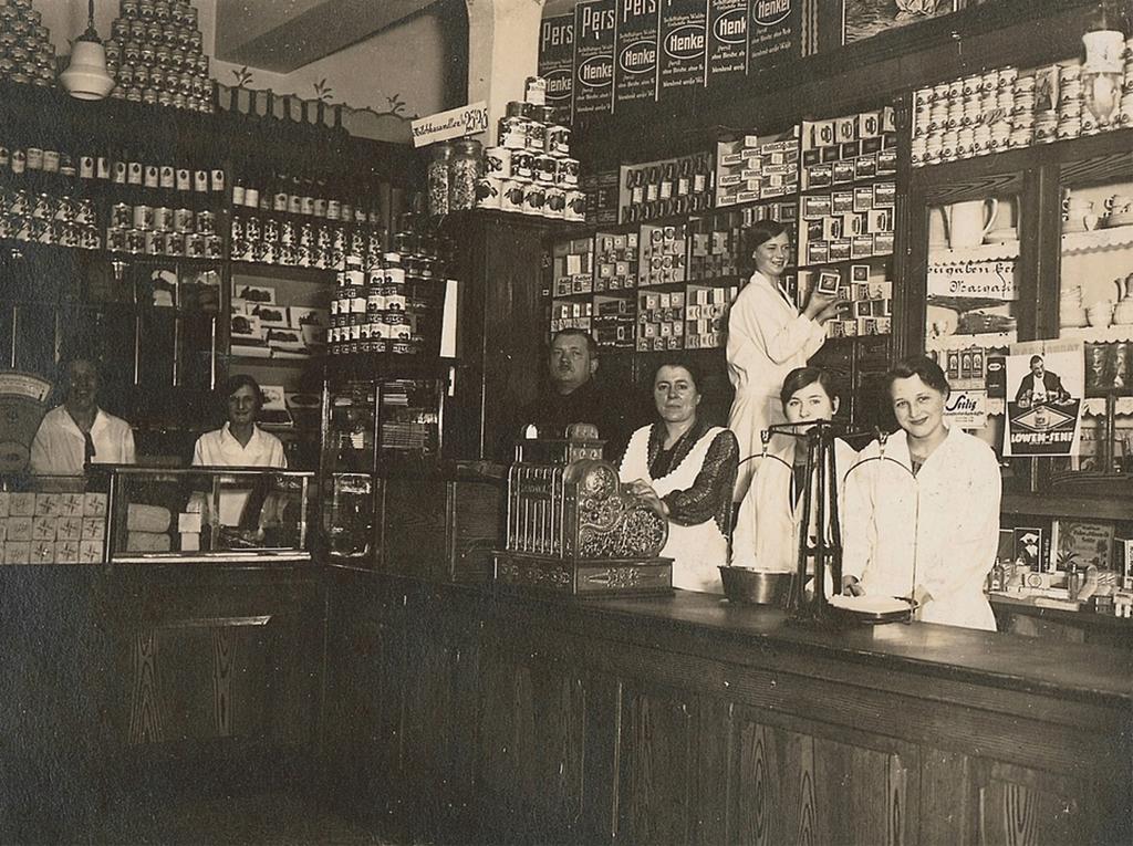 1913_first_ever_aldi_in_essen.png
