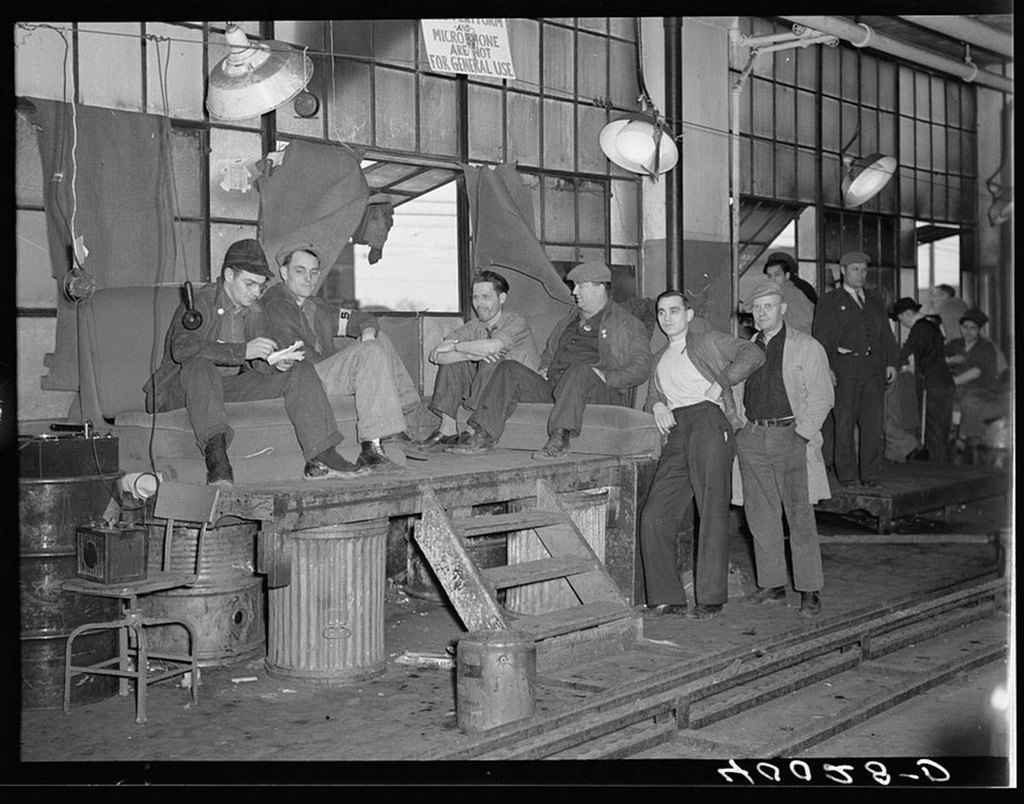 1936_december_30_united_auto_workers_sit_on_sit_down_strike_in_flint_michigan.jpg
