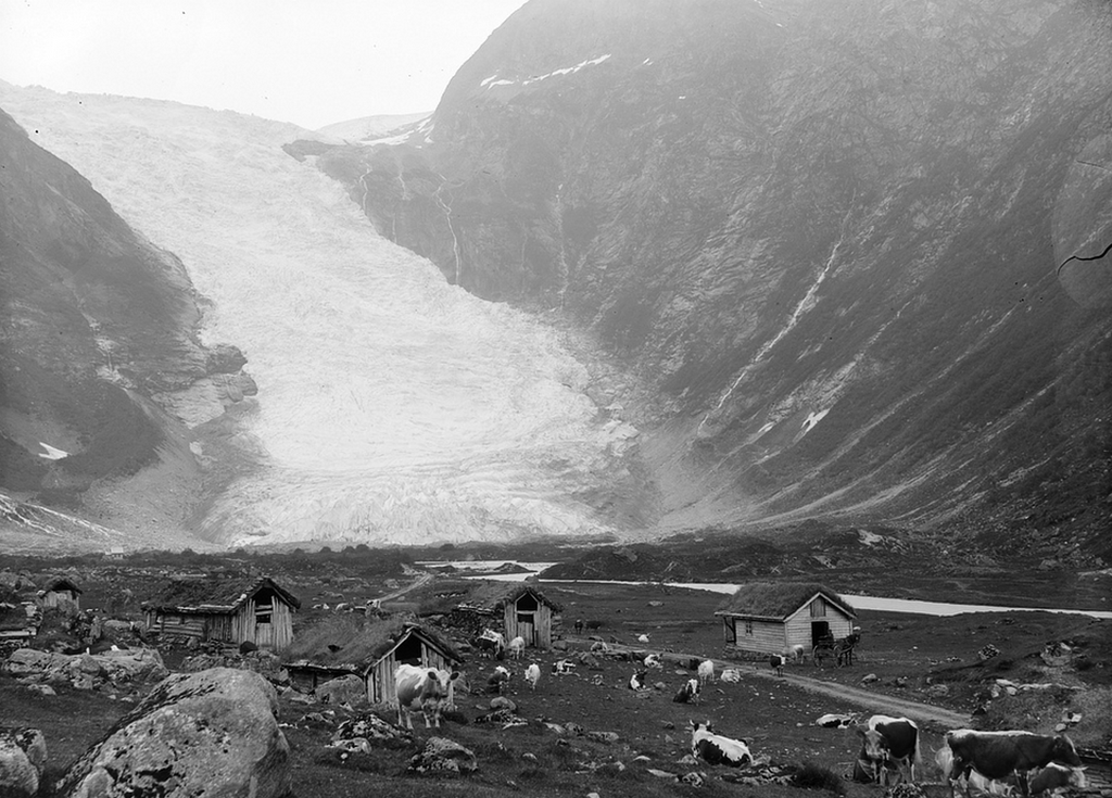 1900_the_boyabreen_glacier_in_fjaerland_norway.png