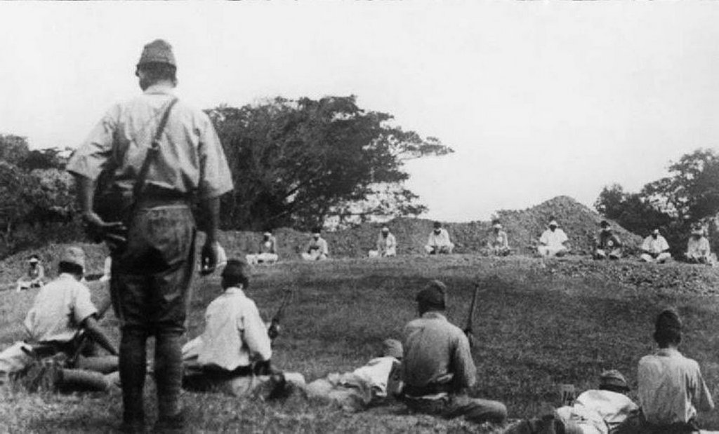 1942_japanese_troops_using_prisoners_of_war_for_target_practice.jpg