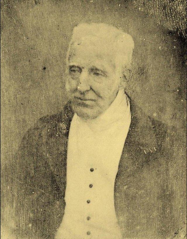 1844_photograph_of_arthur_wellesley_the_duke_of_wellington_who_defeated_napoleon_at_waterloo_in_1815.jpg
