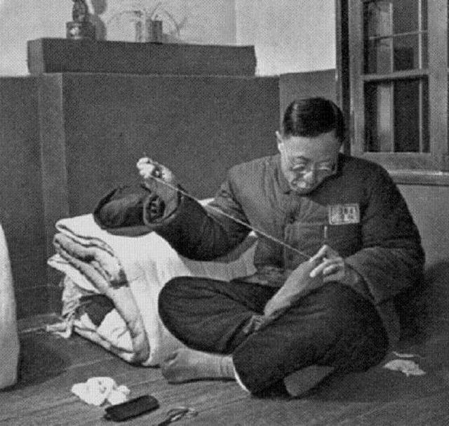 1950-es_evek_pu_yi_the_last_emperor_of_china_in_a_chinese_prison.jpg