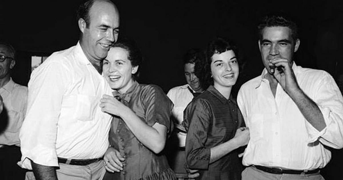 1955_emmett_till_s_killers_jw_milam_and_roy_bryant_smiling_after_being_acquitted_of_the_brutal_murder.jpg