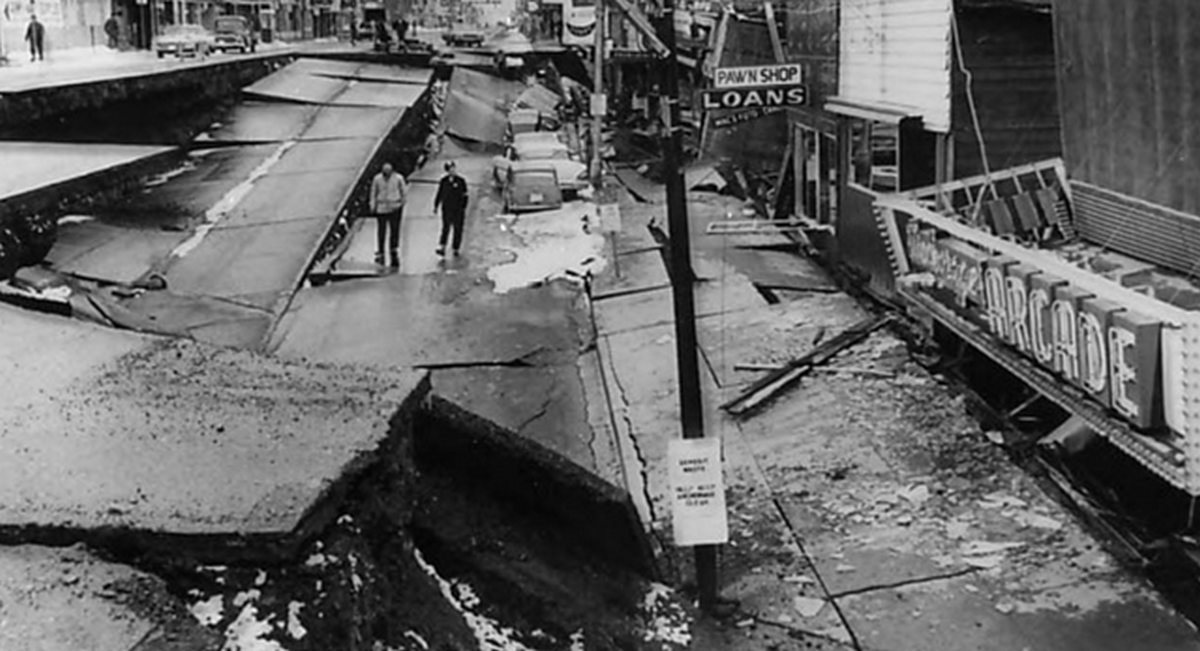 1964_anchorage_alaska_4th_avenue_after_the_magnitude_9_2_earthquake_of_march_27_1964.png