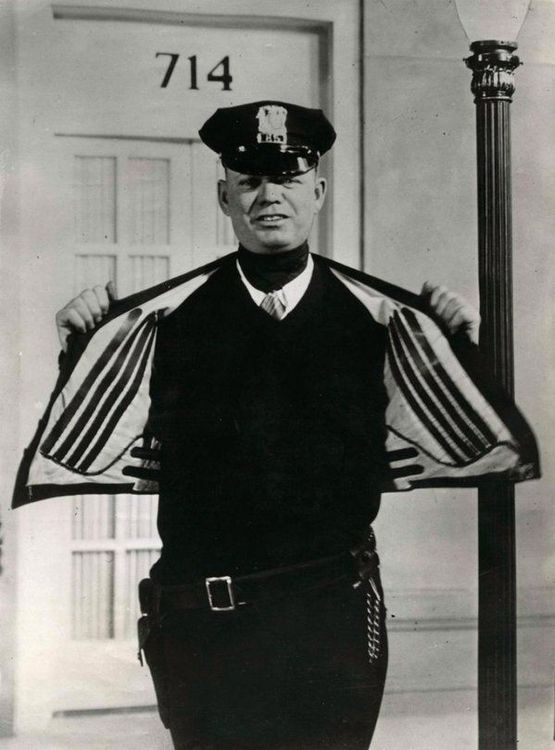 1930_s_officer_wearing_an_electric_heated_vest.jpg