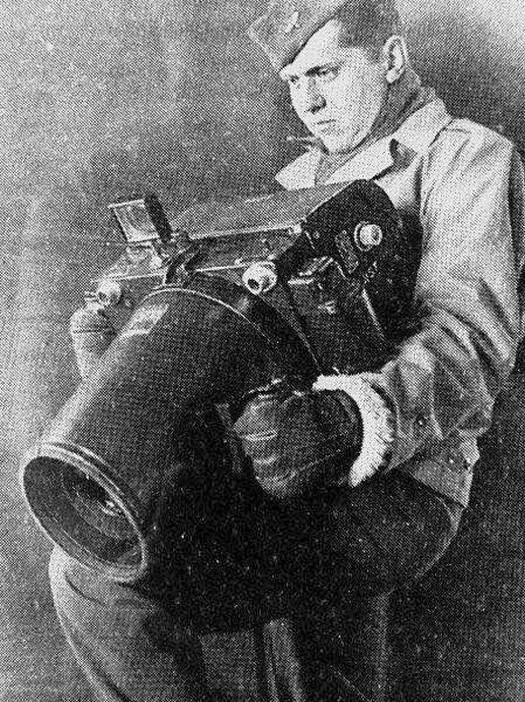 1943_kodak_k-24_camera_for_the_us_aerial_photography_during_wwii.jpg