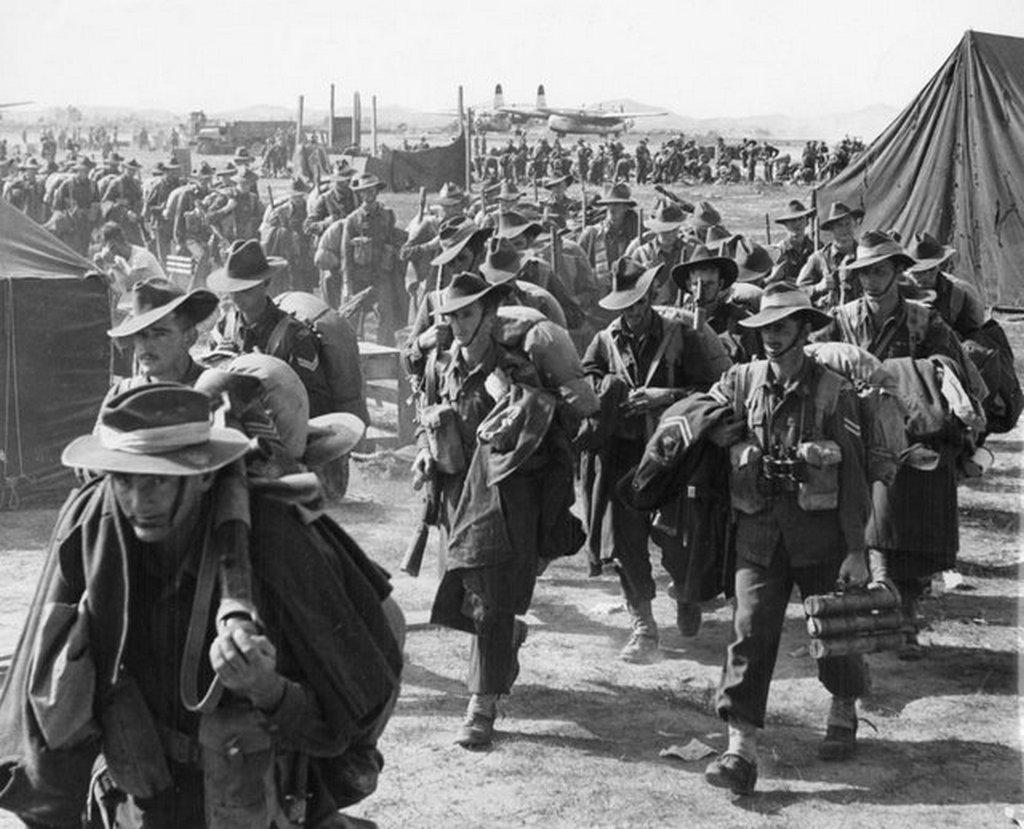 1950_australian_soldiers_arriving_in_korea.jpg