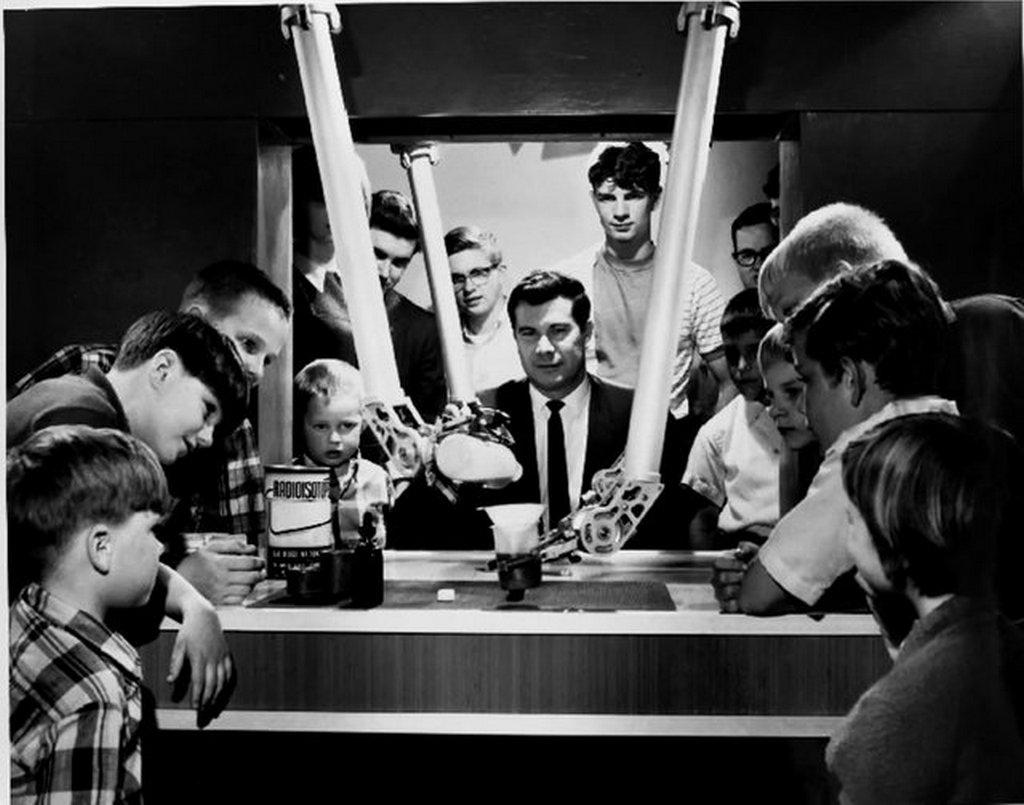 1968_mechanical_hands_demonstration_at_oak_ridge_national_laboratory_in_oak_ridge_tennessee.jpg
