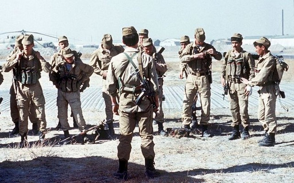 1988_soviet_spetsnaz_prepare_for_a_mission_in_afghanistan.jpg