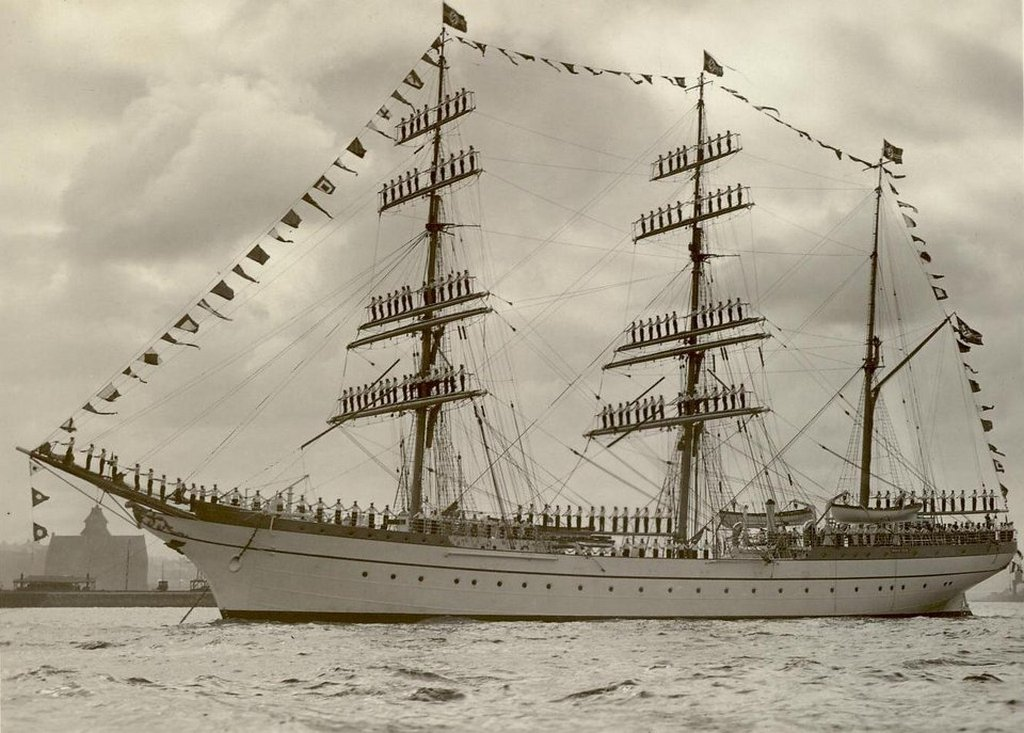 1936_german_sailors_posing_on_the_gorch_fock_a_german_sailing_ship_used_for_training.jpg