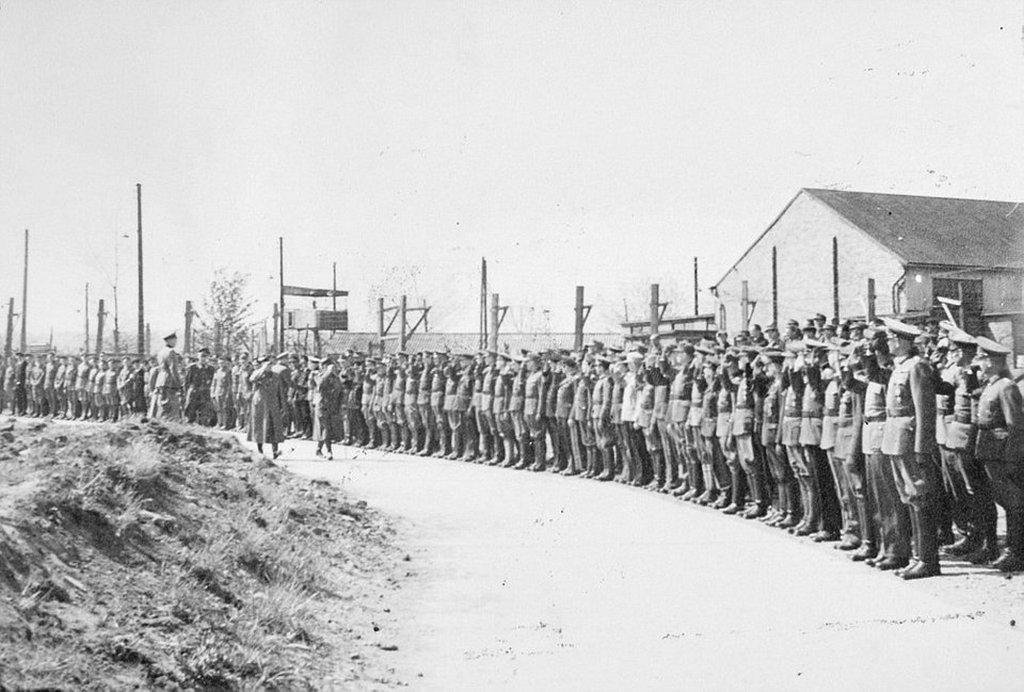 1945_gerd_von_rundstedt_entering_island_farm_camp_bridgend_wales.jpg