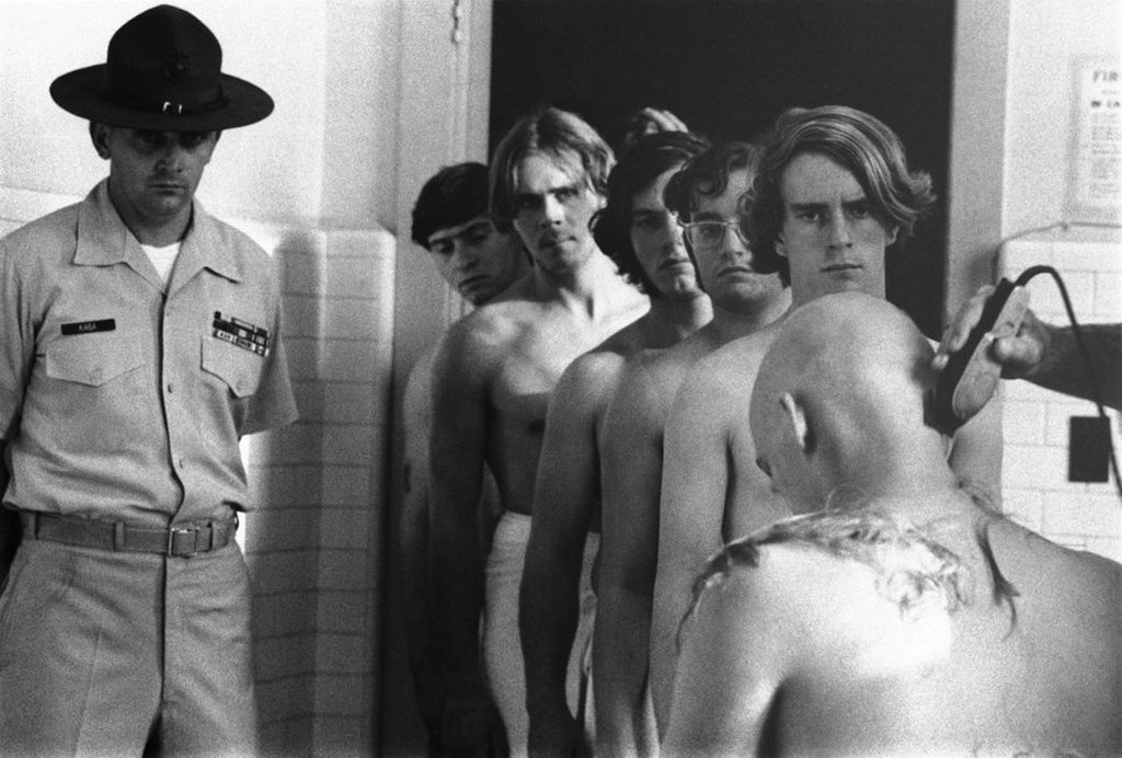 1971_us_marines_lined_up_for_their_haircuts.jpg