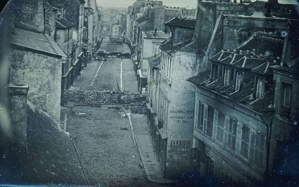 1848_daguerreotype_of_barricades_in_the_streets_of_paris_during_the_french_february_revolution.jpg