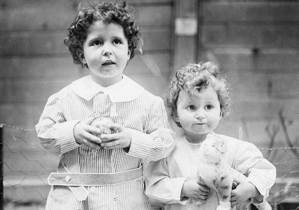 1912_michael_and_edmond_navratil_the_only_children_to_be_saved_from_the_titanic_without_a_parent_and_therefore_orphaning_them.jpg