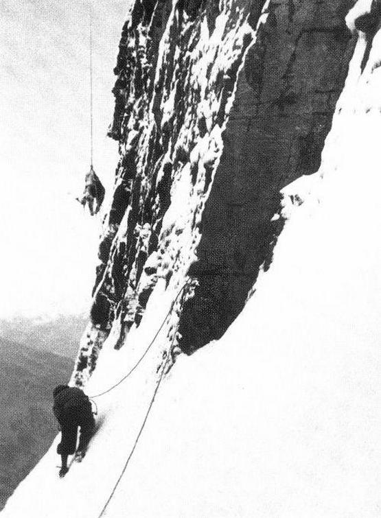 1936_the_corpse_of_toni_kurtz_after_his_failed_attempt_at_the_north_face_of_the_eiger_he_was_roughly_40ft_from_the_attempted_rescuers.jpg