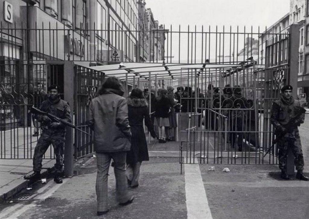 1973_civilians_enter_a_shopping_market_belfast_northern_ireland.jpg