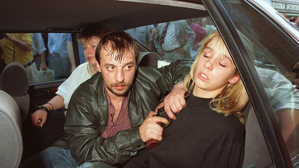 1988_gladbeck_hostage_crisis_the_woman_was_later_killed.jpg