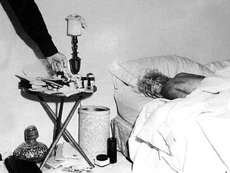 1962. Marilyn Monroe holtteste..jpg