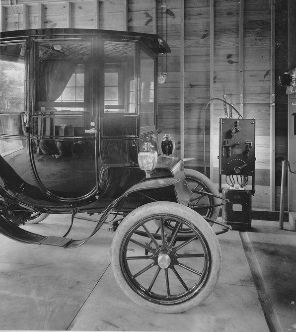 1911_a_ge_electric_charging_station_with_an_electric_car_cr.jpg