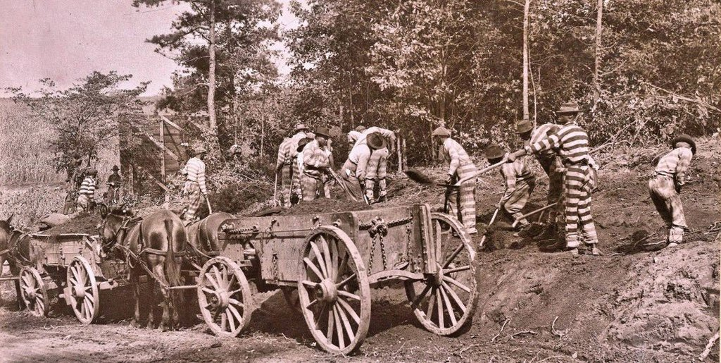 1917_members_of_a_chain_gang_building_roads_for_the_state_of_south_carolina_camp_wadsworth_spartanburg.jpg