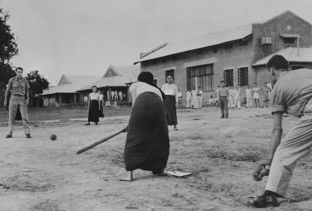 1942_american_soldiers_teaching_baseball_to_burmese_nurses_in_india.jpg