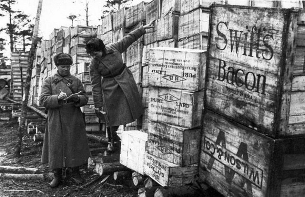 1943_american_food_supplies_arrived_to_the_leningrad_front.jpg