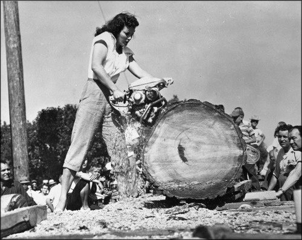 1953_jeri_smith_winner_of_the_lady_loggers_contest_at_the_1953_timber_days_festival_in_sutherlin_oregon.jpg