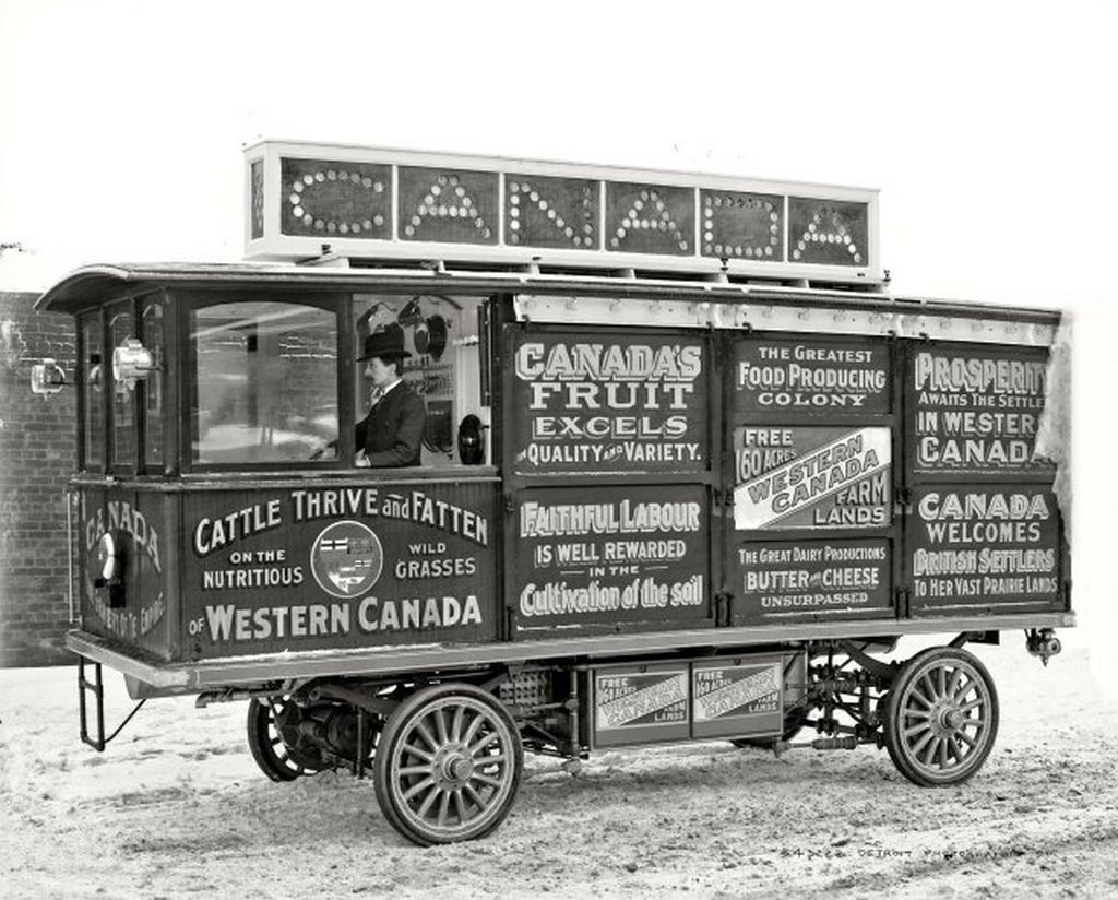 1905_the_canadian_government_colonization_company_motor_car_advertises_certain_prosperity_in_western_canada.jpg