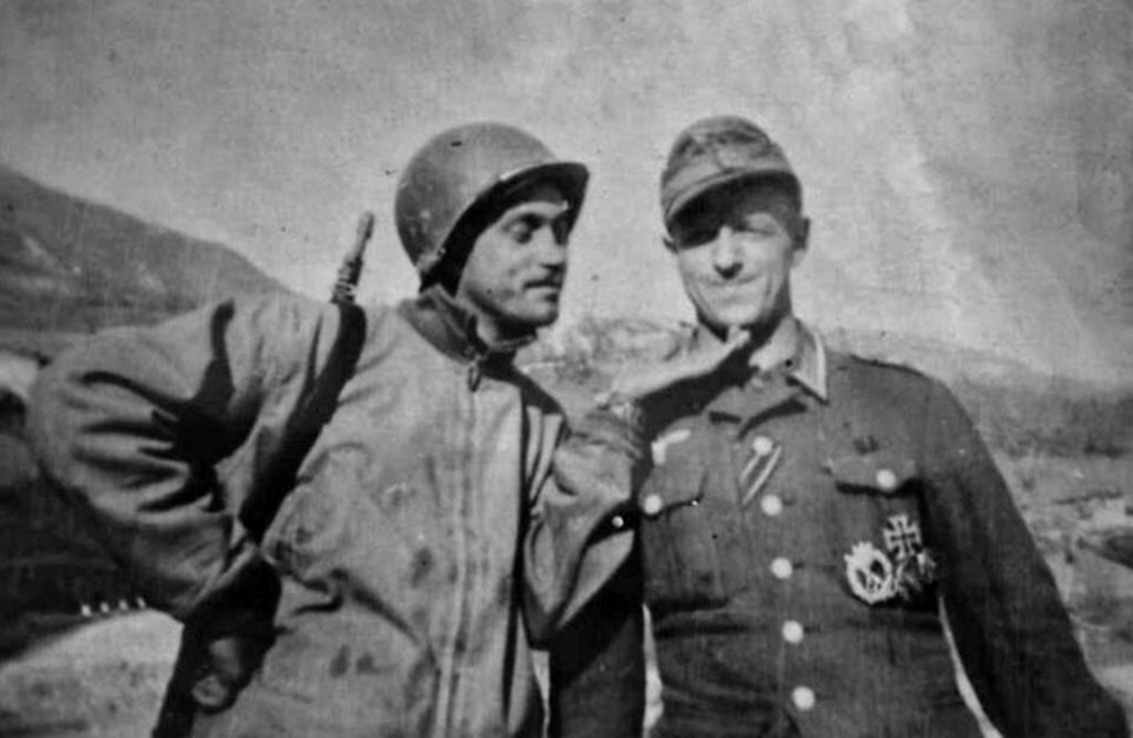 1944_brazilian_feb_soldier_playing_with_german_soldier_italy.jpg