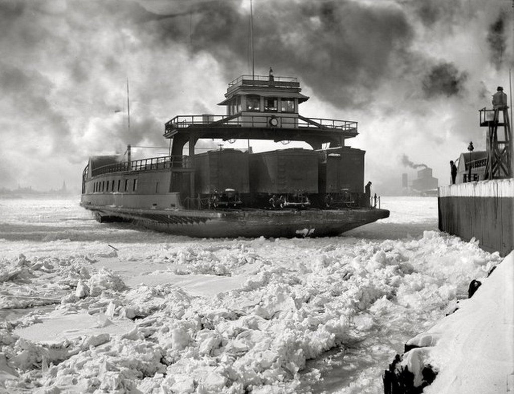 1_1900_korul_a_michigan_central_railroad_car_ferry_maneuvers_its_way_into_a_slip_along_the_detroit_river_waterfront.jpg