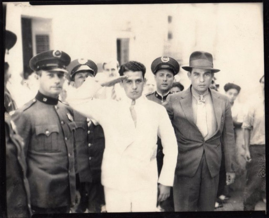 1936_elias_beauchamp_gives_a_salute_moments_before_his_execution_following_the_assassination_of_the_puerto_rican_chief_of_police_san_juan_puerto_rico.jpg
