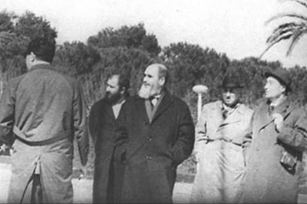1964_ayatollah_ruhollah_khomeini_without_his_clerical_dress_and_turban_while_in_exile_in_bursa_turkey.jpg