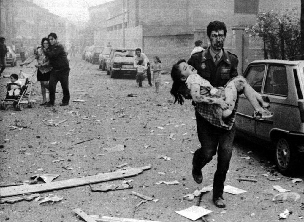 1991_attack_of_eta_against_the_headquarters_house_of_the_civil_guard_in_vic_barcelona_that_caused_nine_deaths.jpg