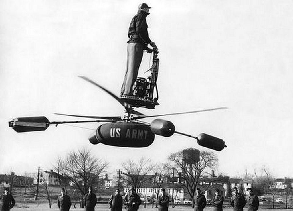 1954_az_amerikai_hadsereg_ormestere_bemutaton_a_kiserleti_delackner_dh-4_rotoros_jarmuvel_amelyet_a_modern_nuklearis_harcmezore_terveztek_barmit_is_jelentsen_ez.jpg