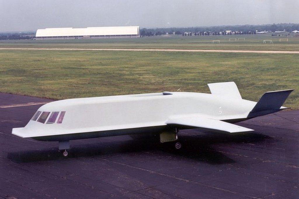 1982-85_az_amerikai_northrop_ceg_altal_lopakodonak_fejlesztett_tacit_blue_whale_katonai_repulogep_prototipus_amelyet_az_51-es_korzetben_hasznaltak_kiserleti_celokra.jpg