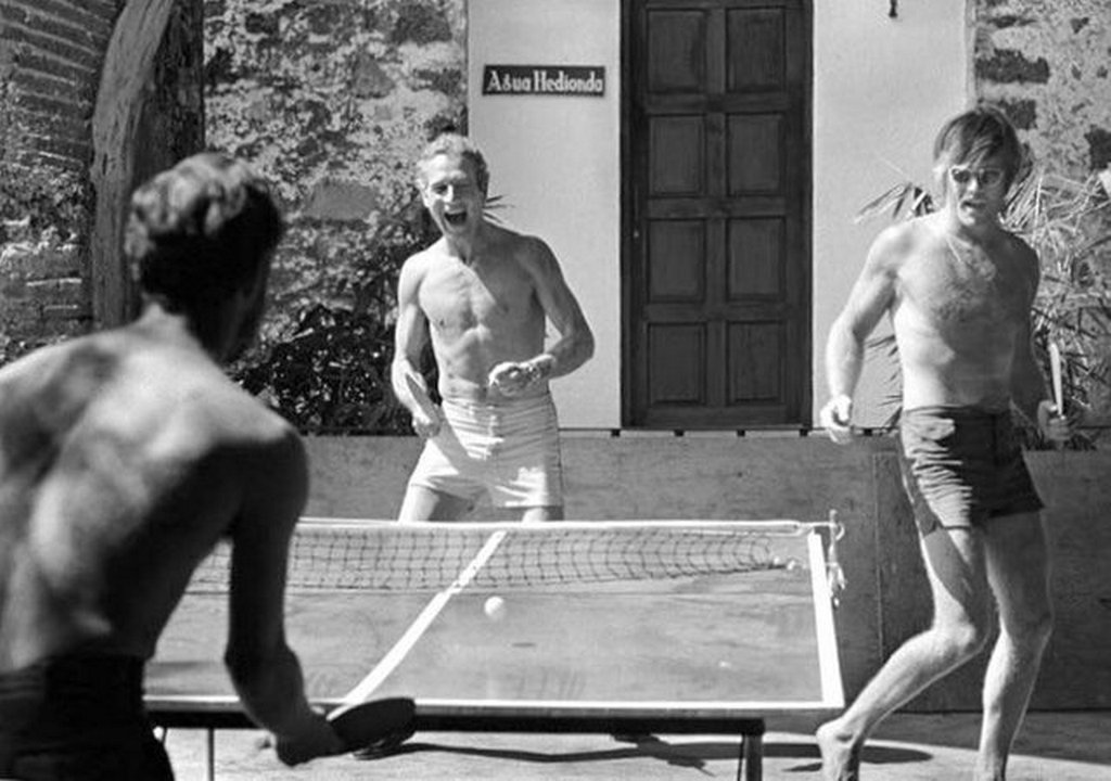 1968_robert_redford_and_paul_newman_playing_ping_pong_while_filming_butch_cassidy_and_the_sundance_kid.jpg